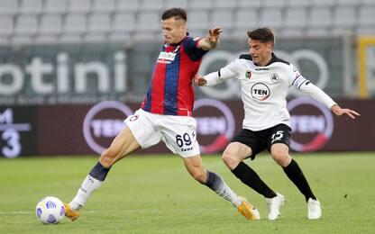 Pazzo Spezia, Crotone ribaltato 3-2 nei 3' finali