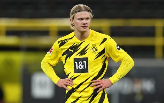 epa09072596 Erling Haaland of Borussia Dortmund reacts during the German Bundesliga soccer match between Borussia Dortmund and Hertha BSC at Signal Iduna Park in Dortmund, Germany, 13 March 2021.  EPA/LARS BARON / POOL DFL regulations prohibit any use of photographs as image sequences and/or quasi-video.