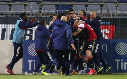 Il Cagliari vince e spera: 4-3 al Parma nei guai