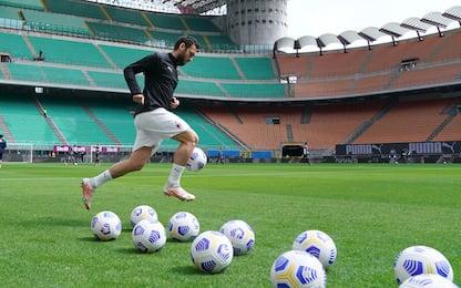 Milan-Sassuolo LIVE: Calhanoglu c'è, davanti Leao