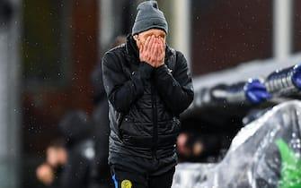 Inter s Italian coach Antonio Conte reacts with disappointment during the Italian Serie A soccer match Uc Sampdoria vs Fc Inter at Luigi Ferraris stadium in Genoa, Italy, 6 January 2021ANSA/SIMONE ARVEDA