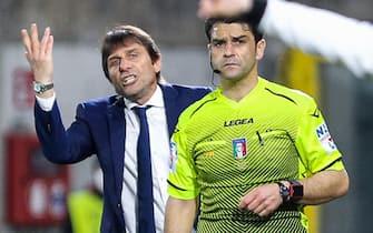 Inter s Italian coach Antonio Conte reacts during the Italian Serie A soccer match Spezia Calcio vs Fc Inter at Alberto Picco stadium in La Spezia, Italy, 21 April 2021 ANSA/SIMONE ARVEDA