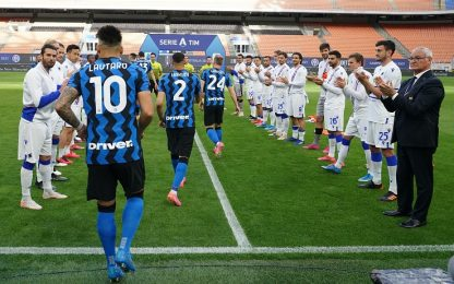 Tributo Samp per l'Inter all'ingresso in campo