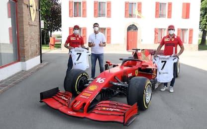 CR7, visita in Ferrari con Elkann e Agnelli