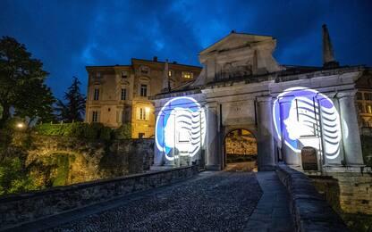 Bergamo carica la Dea e si illumina di nerazzurro