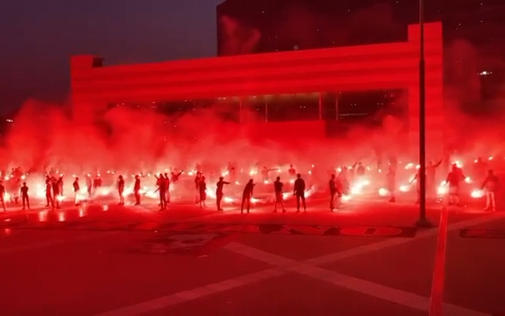 Torciata tifosi Milan