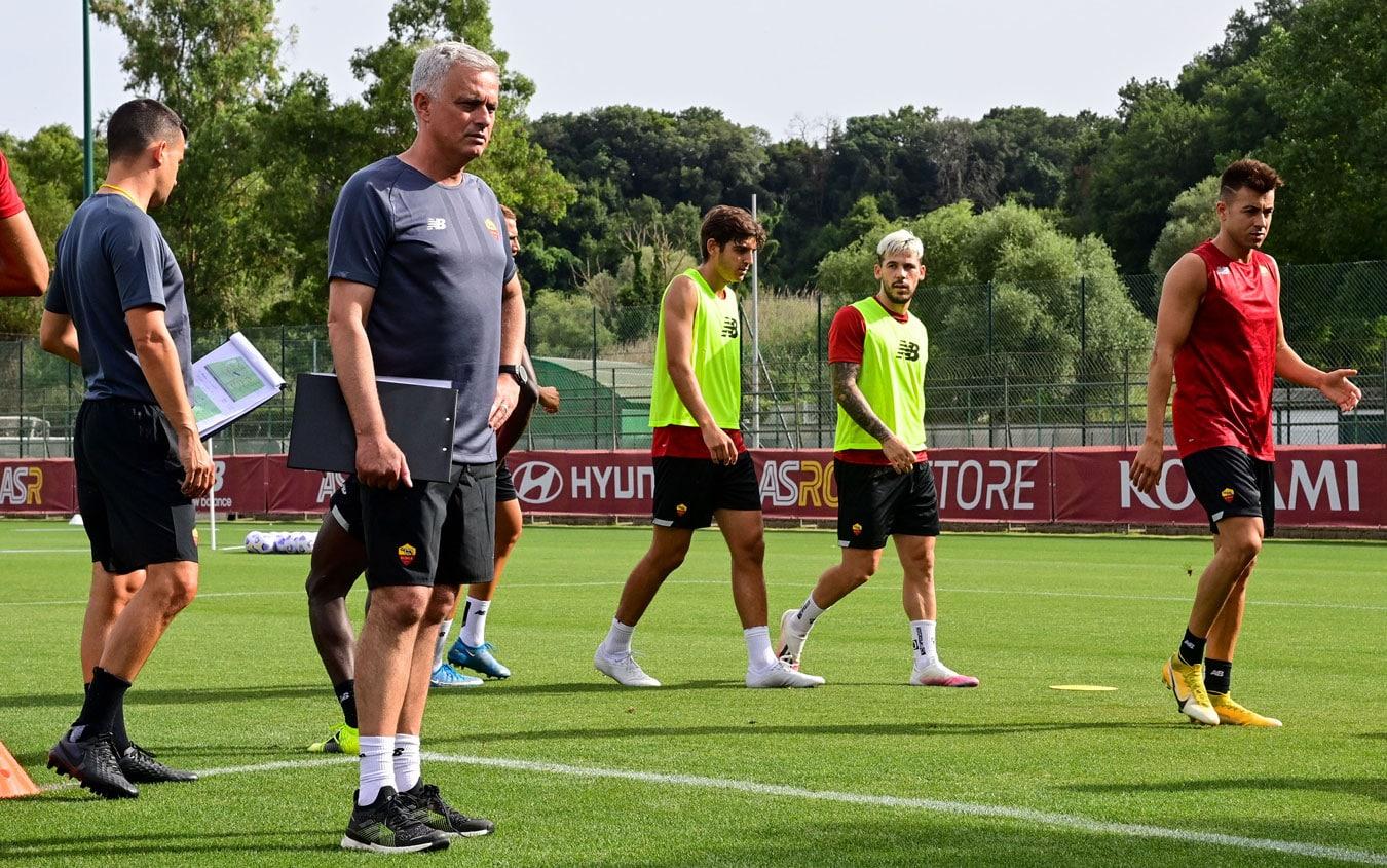 Roma, le foto del primo allenamento di Mourinho | Sky Sport