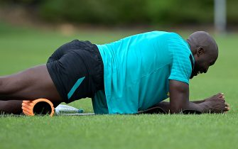 COMO, ITALY - JULY 26: Romelu Lukaku of FC Internazionale in action during the FC Internazionale training session at the club's training ground Suning Training Center at Appiano Gentile on July 26, 2021 in Como, Italy. (Photo by Mattia Ozbot - Inter/Inter via Getty Images)