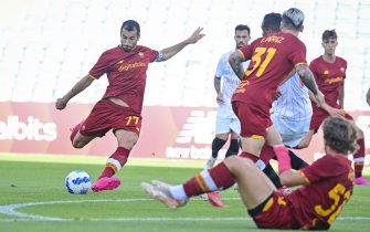 FARO, PORTUGAL - JULY 31: Henrikh Mkhitaryan of AS Roma in action during a Pre-Season Friendly match between Sevilla FC and AS Roma at Estadio Algarve on July 31, 2021 in Faro, Portugal. (Photo by Fabio Rossi/AS Roma via Getty Images)