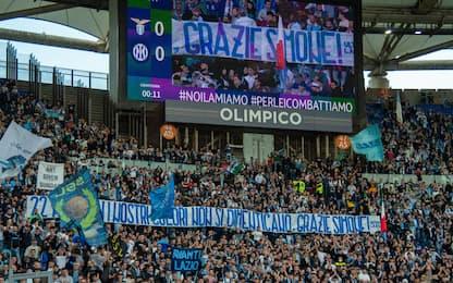 L'omaggio dei tifosi della Lazio a Inzaghi. FOTO