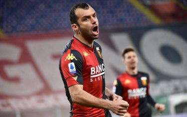 Genoa's Goran Pandev jubilates after scoring during the Italian Serie A  match, Genoa CFC vs Benevento Calcio at Luigi Ferraris stadium in Genoa, Italy, 21 April 2021.