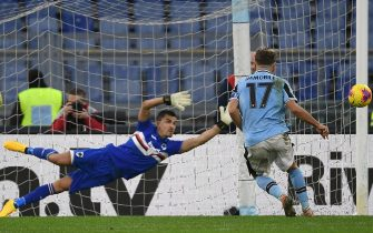 SS Lazio's Ciro Immobile scores from the penalty spot the 5-0 goal during the Italian Serie A soccer match between SS Lazio and UC Sampdoria at the Olimpico stadium in Rome, Italy, 18 January 2020. E ANSA/ETTORE FERRARI