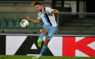 VERONA, ITALY - JULY 26: Ciro Immobile of SS Lazio scores a fourth goal during the Serie A match between Hellas Verona and  SS Lazio at Stadio Marcantonio Bentegodi on July 26, 2020 in Verona, Italy. (Photo by Marco Rosi - SS Lazio/Getty Images)