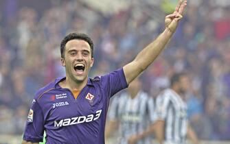 Italian forward of Fiorentina, Giuseppe Rossi, jubilates after scoring the goal during the Italian Serie A soccer match ACF Fiorentina vs Juventus FC at Artemio Franchi stadium in Florence, Italy, 20 October 2013.ANSA/MAURIZIO DEGL'INNOCENTI