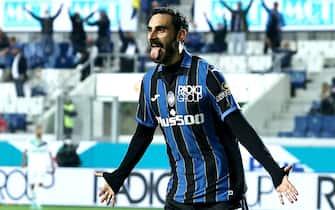 Atalanta's Zappacosta Davide celebrates after goal 2-0  during the Italian Serie A soccer match Atalanta BC vs Sassuolo at the Gewiss Stadium in Bergamo, Italy, 21 September 2021.ANSA/PAOLO MAGNI