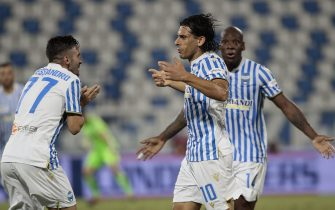 Spal's Sergio Floccari  jubilates with his teammates after scoring the goal during the Italian Serie A soccer match S.P.A.L vs AC Milan at Paolo Mazza stadium in Ferrara, Italy, 01 July 2020. ANSA / ELISABETTA BARACCHI