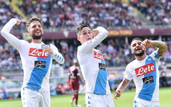 Napoli's forward Lorenzo Insigne (R) jubilates with his teammate Napoli's forwards Dies Mertens (L) and Josè Maria Callejon after scoring a goal during the Italian SERIE A soccer match between Torino and Napoli at Olimpic Stadium in Turin, Italy, 14 May 2017 ANSA/ALESSANDRO DI MARCO