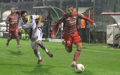 Pari e finale da brividi: Cremonese-Frosinone 1-1