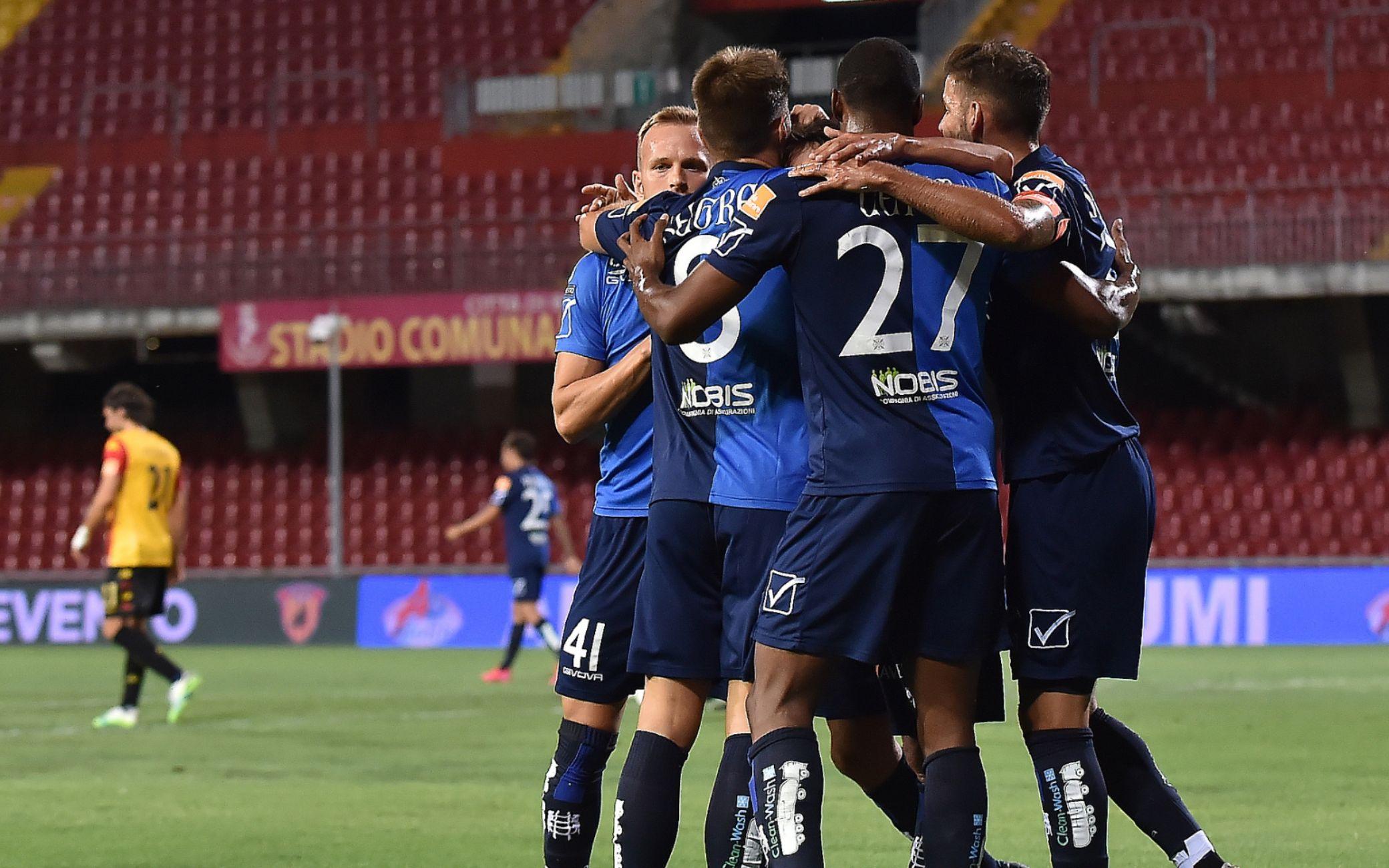 Serie B, i risultati della 37^ giornata. Scatto playoff Chievo e Pisa ...