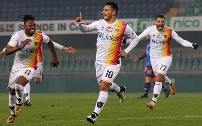 Falco lancia il Lecce: 2-1 al Chievo e primo posto