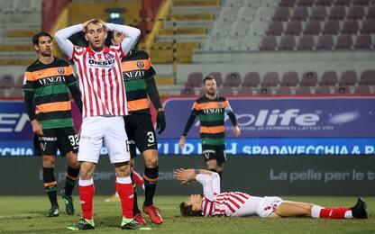 Il palo salva il Vicenza: 0-0 con il Venezia