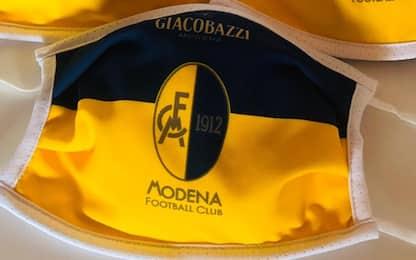 Modena, donata una mascherina per ogni abbonato