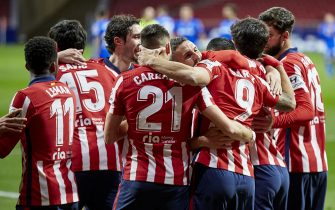 Players of Atletico de Madrid during the La Liga match between Atletico de Madrid and Getafe CF played at Wanda Metropolitano Stadium on December 29, 2020 in Madrid, Spain. (Photo by Ruben Albarrán/PRESSINPHOTO)