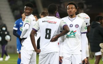 Steve Mvoue (L), from Toulouse Football Club, TFC, after a French Cup match between Toulouse Football Club, TFC, and Chamois Niortais. 20 January 2021, Toulouse, France.Steve Mvoue,(G) du Toulouse Football Club,TFC, apres une rencontre de la coupe de France opposant le Toulouse Football Club, TFC, au Chamois Niortais. 20 janvier 2021, Toulouse, France.//SCHEIBER_11493/2101231852/Credit:FRED SCHEIBER/SIPA/2101231853