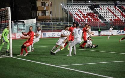 Pari tra Bari e Foggia: primo gol per Kaio Jorge