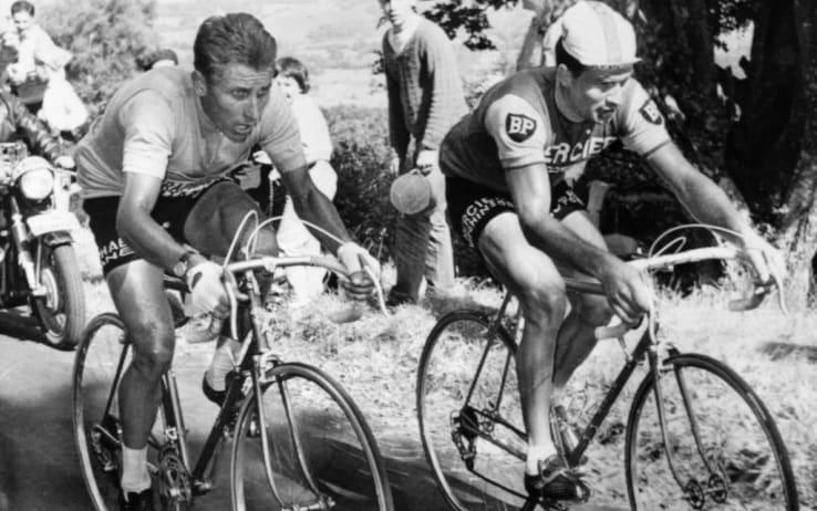 Jacques Anquetil e Raymond Poulidor durante il Tour de France del 1964