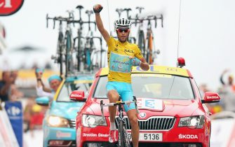 HAUTACAM, FRANCE - JULY 24:  Vincenzo Nibali of Italy and Astana Pro Cycling celebrates winning the eighteenth stage of the 2014 Tour de France, a 146km stage between Pau and Hautacam, on July 24, 2014 in Hautacam, France.  (Photo by Bryn Lennon/Getty Images)