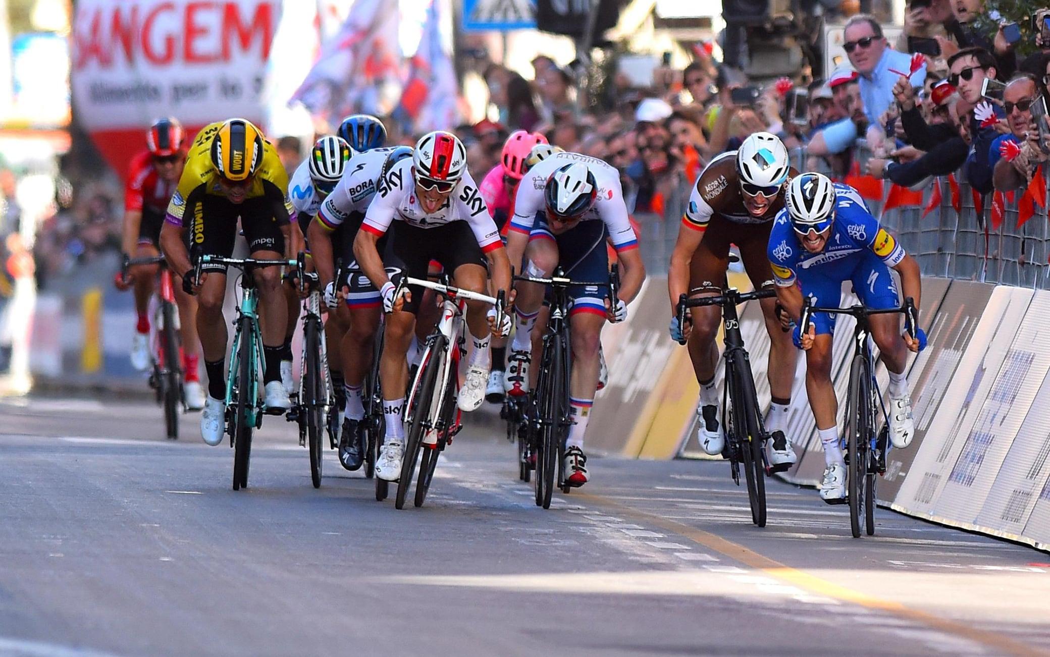 Ciclismo, il calendario Uci 2020 aggiornato. Milano Sanremo l'8