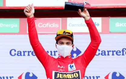 Roglic si riprende la Vuelta: crono e maglia rossa