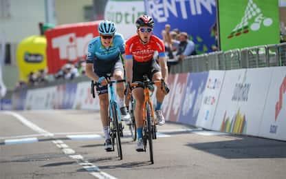 Pello Bilbao vince 4^ tappa, Yates sempre leader