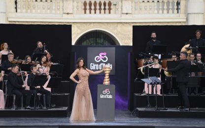 """Giro d'Italia: presentazione """"show"""" a Torino. FOTO"""