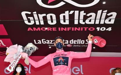 Ganna vince il crono-prologo: sua la maglia rosa!