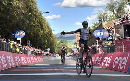 Schmid vince a Montalcino, Bernal sempre più rosa