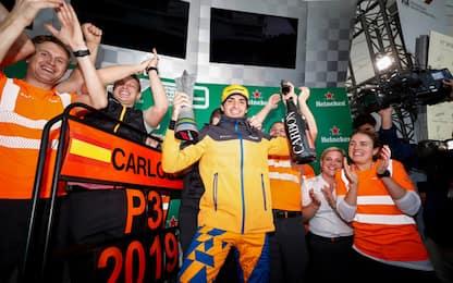 Penalità Hamilton, Sainz terzo in Brasile