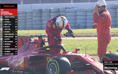 Ferrari, problemi al motore: si ferma Vettel