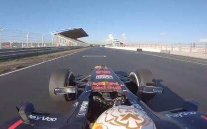 Verstappen, primo giro al nuovo Zandvoort. VIDEO