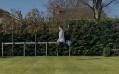 """Norris, """"pazzeschi"""" allenamenti in giardino. VIDEO"""
