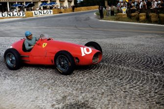 Alberto Ascari, Ferrari 500, Grand Prix of France, Reims-Gueux, 05 July 1953. (Photo by Bernard Cahier/Getty Images)