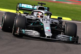 MEXICO CITY, MEXICO - OCTOBER 27: Lewis Hamilton of Great Britain driving the (44) Mercedes AMG Petronas F1 Team Mercedes W10 on track during the F1 Grand Prix of Mexico at Autodromo Hermanos Rodriguez on October 27, 2019 in Mexico City, Mexico. (Photo by Mark Thompson/Getty Images)