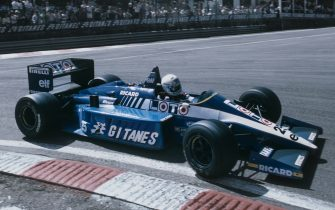Rene Arnoux of France drives the #25 Gitanes Equipe Ligier Ligier JS27 Renault V6 turbo during the Belgian Grand Prix on 25 May 1986 at the Spa-Francorchamps circuit in Spa, Belgium. (Photo by Mike King/Getty Images)