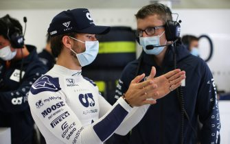 SPIELBERG, AUSTRIA - JULY 03:  Pierre Gasly of France and Scuderia AlphaTauri talks with Pierre Hamlin during practice for the F1 Grand Prix of Austria at Red Bull Ring on July 03, 2020 in Spielberg, Austria. (Photo by Peter Fox/Getty Images)