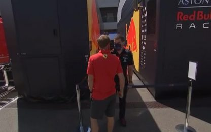 Vettel-Red Bull, chiacchierata tra amici. VIDEO