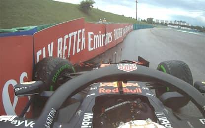Verstappen, botto nel giro di formazione. VIDEO