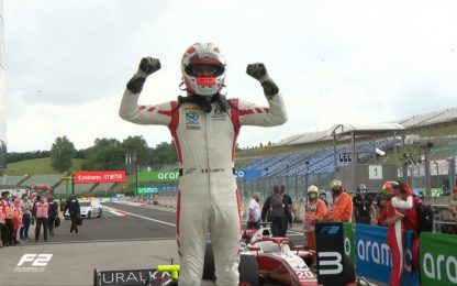 Ghiotto vince Gara-2 a Budapest. Schumi Jr 3°