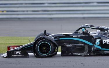 Mercedes' Finnish driver Valtteri Bottas punctures towards the end of the Formula One British Grand Prix at the Silverstone motor racing circuit in Silverstone, central England on August 2, 2020. (Photo by ANDREW BOYERS / POOL / AFP) (Photo by ANDREW BOYERS/POOL/AFP via Getty Images)