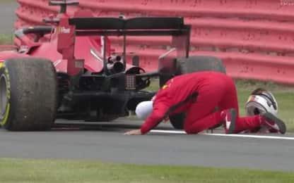 La Ferrari si ferma, Vettel sconsolato via radio
